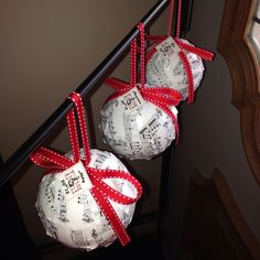 Pinterest inspired, musical holiday ornaments as gifts for Marching Band Senior Night! Holiday Ornaments, Christmas Crafts, Senior Night Gifts, Marching Band Humor, Band Mom, Red Party, Music Decor, Music Gifts, Band Shirts