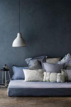 Canapé et coussins / Sofa and cushions