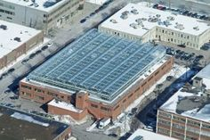 Lufa_Farms_Aerial_view_of_Montreal_rooftop_greenhouse