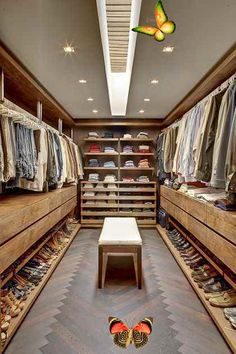 Popular Fantastic luxury closets for your Master Bedroom. #luxuryclosets #luxuryfurniture #exclusivedesign #interiodesign     Source by ajablonski0684 #clothes room<br> Site Walk In Closet Design, Wardrobe Design, Closet Designs, Design Room, Design Living Room, House Design, Garden Design, Bedroom Wardrobe, Master Bedroom