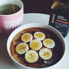 Segundona  #bomdia #pequenoalmoco #breakfast #breakfastlovers #papasdeaveia #oats #oatmeal #preworkout #missfitteam #eusouwh #womanshealthportugal #beyourownhero ( # @anahgmonteiro)