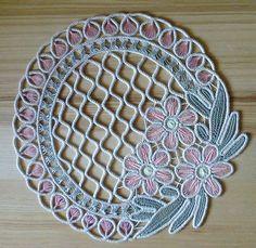 Więcej Pinów na Twoją tablicę Romanian point lace - Poczta o2