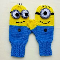 Ravelry: delights' Minion Mittens - must have momma make to match the hats!