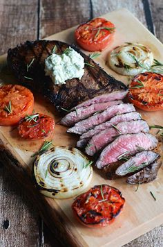 Grilled Balsamic Steak with Blue Cheese Butter!   blog.hostthetoast.com