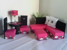 Barbie Furniture / Monster High Furniture - New - Pink Diamond Sofa, Dining Table, & Chairs