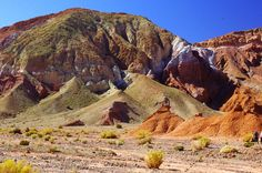 "https://flic.kr/p/mCfUcg | Valle del Arcoiris, Rainbow Valley, San Pedro de Atacama, Chile | Valle del Arcoiris  Or Rainbow Valley. It features three different parts, all of them interesting. The ""Hierbas Buenas"" petroglyph site is the first, featuring over a thousand ancient stone carvings from the ancient ""atacameño"" people. They're from all time periods, from the first caravaners to the Incas. Most tours just visit sites 1 and 2, but that should be enough to afford a p..."