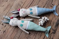 Huggable friends for a lifetime! Hand made dolls with care for details, love for nature as well a high quality construction. Sewing Toys, Art Dolls, Dinosaur Stuffed Animal, Plush, Bunny, Christmas Ornaments, Holiday Decor, Handmade, Mermaids