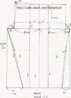 남자 개량바지2 Clothing Patterns, Dress Patterns, Sewing Patterns, Pattern Cutting, Pattern Making, Korean Men, Pants Pattern, Skirt Pants, Dressmaking