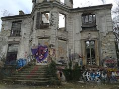 Vieux-Pays, abandoned village. Urbex near Paris