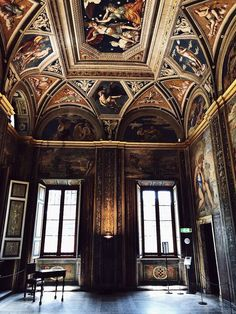Italian culture, food and places villa Farnesina Rome Italy things to see Baroque Architecture, Beautiful Architecture, Beautiful Buildings, Architecture Details, Interior Architecture, Interior Design, Organic Architecture, Luxury Interior, Design Design