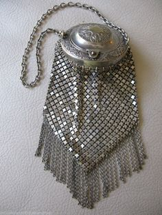 Antique Victorian Art Nouveau Floral Leaf G Silver Chain Mail Fringe Coin Purse  #ChangePurse