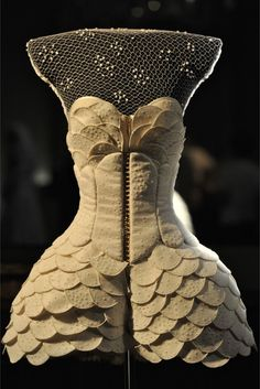 House of Worth Couture Fall 2011 by Giovanni Bedin (house of worth dates to the mid-19th century)