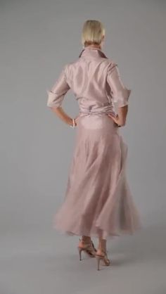 Pure Silk Mother of the Bride / Groom Dresses / Outfits from Living Silk - Living Silk – For the Mother of the Bride / Groom and is perfect for a garden, beach, country, ru - Summer Mother Of The Bride Dresses, Mother Of Bride Outfits, Mother Of Groom Dresses, Bride Groom Dress, Mothers Dresses, Mother Of The Bride Clothes, Mother Of The Bride Looks, Long Mothers Dress, Mother Of The Bride Fashion