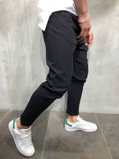 Fashion Wear, Mens Fashion, Sneakers Outfit Men, Style Urban, What Men Want, Next Clothes, Ankle Pants, Athletic Wear, Mode Style