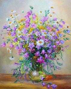 Bluebells in a vase, artist Ivanov Vladimir