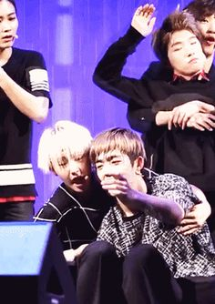 Soonyoung x Seungcheol (Hoshi, S.Coups) - cute Jisoo and channie are so adorable lol seungcheol is always so cuddly with all members