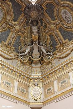 Louvre_Museum_interior_1_by_tm_1.jpg 900×1,350 pixels