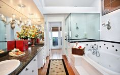 i could live in this bathroom forever!