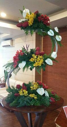 Tropical Flower Arrangements, Modern Floral Arrangements, Creative Flower Arrangements, Funeral Flower Arrangements, Beautiful Flower Arrangements, Floral Centerpieces, Church Flowers, Funeral Flowers, Deco Floral