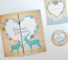 Papeterie de mariage sur mesure par pepperandjoy.com - Thème montagnard, invitation carrée, magnet, cerf et biche, fond bois, couronne de fleurs en coeur. Turquoise et rose poudré.