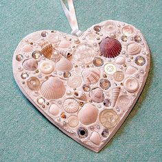 Valentine Mosaic Hearts... http://www.flickr.com/photos/amandabel/366180046/in/photostream/