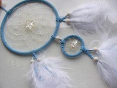 Bergkristall Stern im hellblauen Kindertraum von Dreamcatcher calidad - buena suerte - piedras de la suerte! auf DaWanda.com