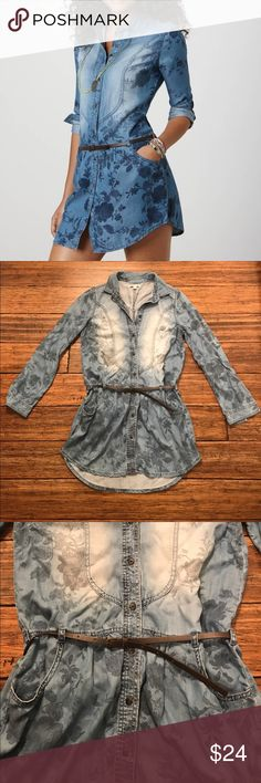 """American Eagle Outfitters Denim Floral Dress Long sleeve AEO denim shirt dress with floral pattern. This is an incredibly soft material and comes with the brown skinny belt. Has a collar as well as two front pockets. 100% lyocell. Approx. 33"""" long. 17.5"""" across bust, 14"""" across waist, 21"""" across hips. Sleeves approx. 16.5"""" long. American Eagle Outfitters Dresses Long Sleeve"""