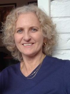 Dr Yolanda van Heezik was one of New Zealand's first urban ecologists. Ministry Of Education, Climate Change, Conservation, Exploring, Connect, Van, Meet, Animal, World
