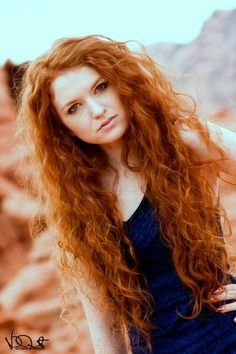 Natural-curly-red-hair « My Hair Styles PicturesMy Hair Styles ... I wish my hair was naturally curly like hers...<3