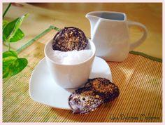Receta snack de chocolate y galleta. Fácil rápido y delicioso. http://unadulcineamoderna.wordpress.com/2014/06/02/snack-dulce-gallleta-chocolate/