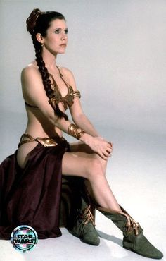 Carrie Fisher (Princesa Leia in Star Wars) Star Wars Mädchen, Film Star Wars, Leia Star Wars, Star Wars Girls, Katharine Hepburn, Slave Leia Costume, Jedi Costume, Cosplay Costumes, Images Star Wars