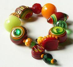 Another wonderful chunky bracelet by Sarah Moran  -  z-beads  -  etsy