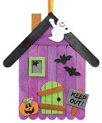 fall crafts for kids. could do this for Halloween but maybe Christmas too. Gingerbread house possibly? fall crafts for kids. could do this for Halloween but maybe Christmas too. Gingerbread house possibly? Casa Halloween, Halloween Arts And Crafts, Halloween Tags, Theme Halloween, Halloween Activities, Halloween Projects, Holidays Halloween, Holiday Crafts, Holiday Fun