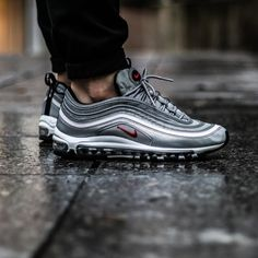 The air max 97 Silver bullet ------------------------------------------------------ shot by me ------------------------------------------------------ Sneakers Mode, Best Sneakers, Sneakers Fashion, Women's Sneakers, Nike Air Max, Air Max 97, Sneaker Outfits, Basket Style, Sneaker Trend