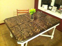 Great #PaisleyAllover #stenciled tabletop for kitchen #decor!    http://blog.cuttingedgestencils.com/painting-ideas-with-stencils-diy-paisley-tabletop.html