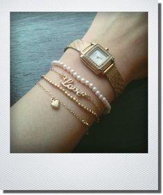 センスの見せ所♡ブレスレット×腕時計の重ね付けで手元コーディネートを楽しもうの5枚目の写真 | マシマロ