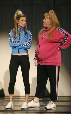 Kate Moss is Vicky Pollard's sister Katie in Little Britain.always fun to work with Matt, DW and Kate! Little Britain, Funny Insults, Queen Birthday, British Comedy, Urban Street Style, Kate Moss, Fast Fashion, Sportswear, Couture