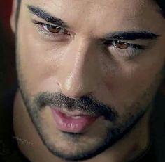 Burak Özçivit. Those eyes!