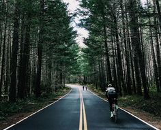 Tomorrow we begin the Portland Brevet. Follow along as 80 friends ride 110 miles from Rapha's Portland Headquarters to Pacific City and then back the next day.  This is what riding bikes is all about.  #PortlandBrevet #PackLightTravelFar  Photo: @jakerosenbloum by rapha_n_america