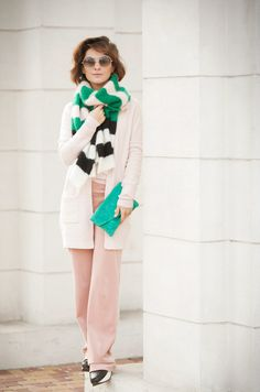 street style, blush outfit, rose quartz total outfit, max mara striped scarf,