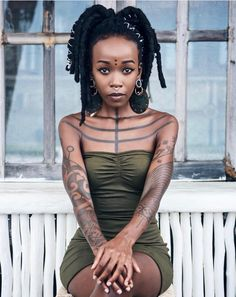 Manaka capture by Stev Bonhage Bali, Indonesia Beautiful Black Women, Beautiful People, Daughters Name Tattoo, Afro Punk Fashion, Tattoed Women, African Tattoo, Black White Tattoos, White Ink, Boy Tattoos