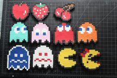 Artículos similares a Pacman Perler Bead Sprites en Etsy Pokemon Perler Beads, Diy Perler Beads, Perler Bead Art, Perler Bead Designs, Perler Bead Templates, Melty Bead Patterns, Perler Patterns, Beading Patterns, Pixel Art