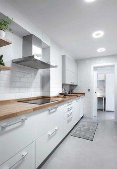 Shelf Decor Living Room, Kitchen Decor, Interior Design Kitchen, Kitchen Inspiration Design, New Kitchen, Kitchen Room Design, Home Kitchens, Tiny House Kitchen, Small Kitchen Decor