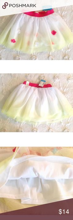 NWT Floral Tulle Skirt Gorgeous Children's Place floral tulle white and yellow skirt, blooming flowers, great for spring and summer and goes with so many cute tops, size 3T brand new with tags. Children's Place Dresses