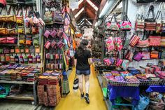 How To Survive Chatuchak Market, Bangkok, Thailand