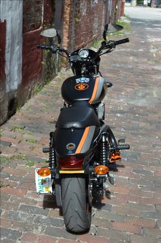 avenger 220 street modified into harley davidson Harley Street 750, Harley Davidson Street 500, Harley Davidson Bikes, Bicycle Maintenance, Motorcycle Outfit, Motorcycle Garage, Cool Bike Accessories, Super Bikes, Bike Life