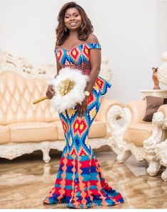 Hottest Kente Styles For Celebrities African Wedding Attire, African Attire, African Wear, African Women, African Dress, African Traditional Wedding, African Traditional Dresses, Traditional Wedding Dresses, African Fashion Designers