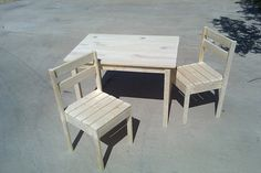 Kids table and chair DIY