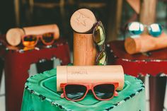 Discover our wooden eyewear collection, different shapes and colors to fall in love with!