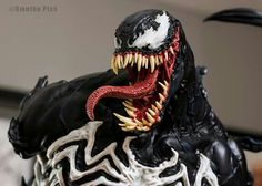 Bust Venom XM Studios